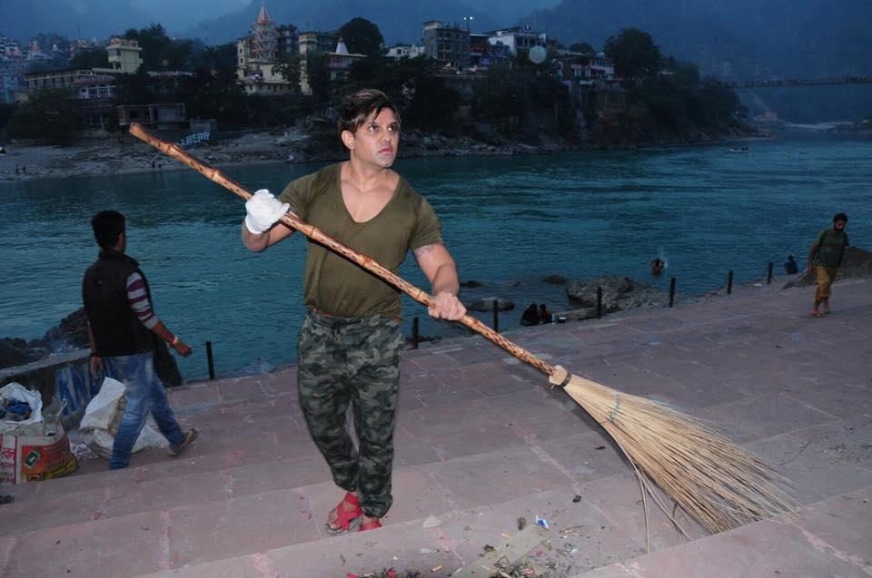Yash Birla –  Cleans Ganga & Inspires Millions !!