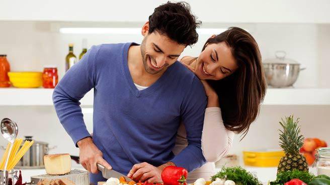 men-housework-cooking