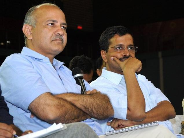 sisodia-with-kejriwal