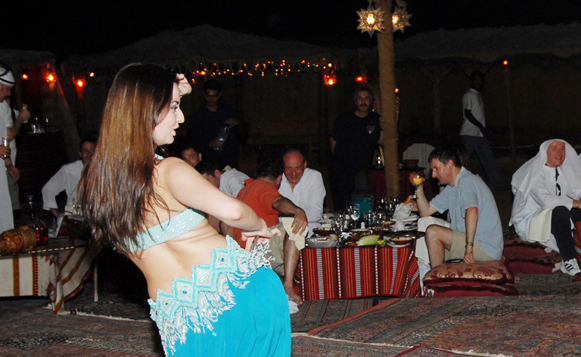 dubai-night-life-dancer-girls