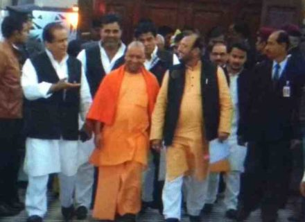 Yogi and Azm khan together for Ram temple issue ?