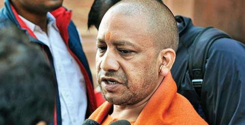 भ्रष्टाचार पर ऐक्शन में मुख्यमंत्री योगी, 28 दिन में 40 अफसर नपे भ्रस्टाचारियों में मचा हाहाकार